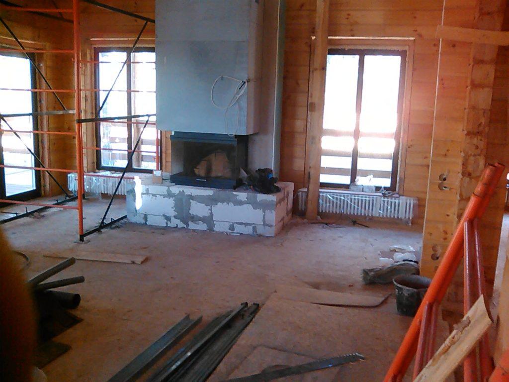 Отопление камином и радиаторами