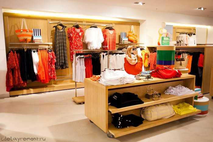 Простой дизайн магазина одежды