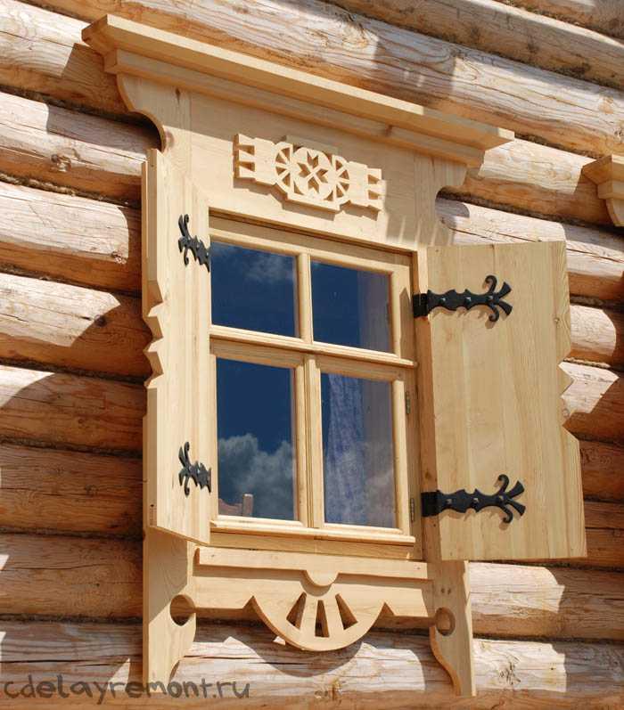 Оригинальные окна для дома из бруса