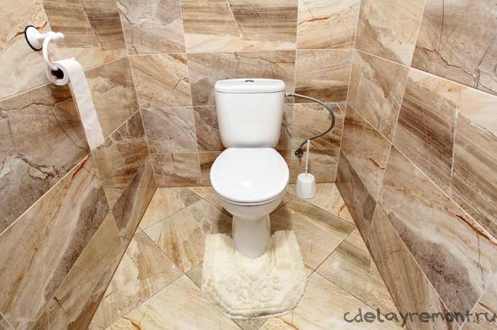 Туалет внутри