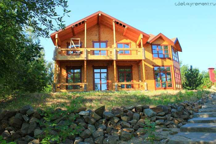Дом из бруса, двухэтажный (фото)