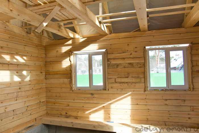 Деревянный дом на этапе строительства