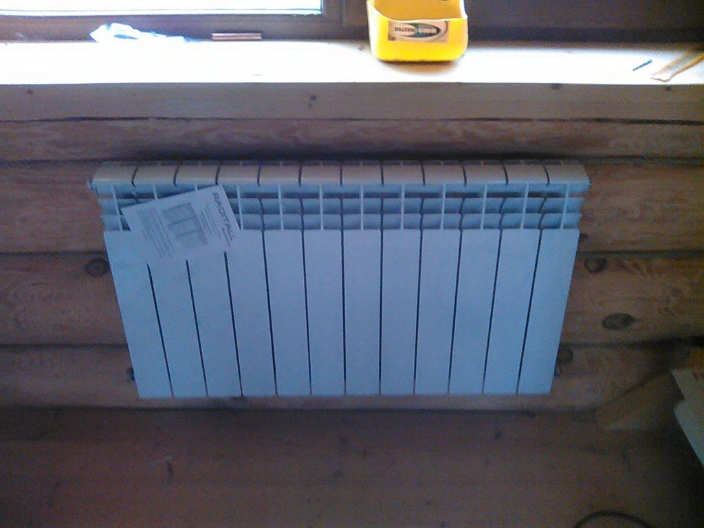 Установка радиатора под окном